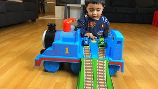 getlinkyoutube.com-Thomas and Friends Toy Train Ride on  with Percy Disney Cars Toy Lightning McQueen