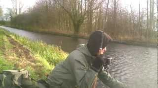 getlinkyoutube.com-Canal pike hunt for a double pt 2 - chrisnsamfishing