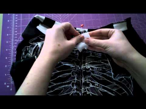 Sewing Tutorial - Add a collar to a t-shirt - WhatTheCraft.com