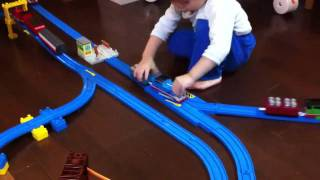 getlinkyoutube.com-プラレールきかんしゃトーマス  線路改良1 Thomas & Friends Trackmaster
