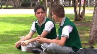 getlinkyoutube.com-SERGIO : UN ADOLESCENTE GAY FRENTE AL BULLYING