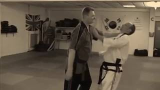 getlinkyoutube.com-Learn Pressure Point Knockout with Master David Martin in Martial Arts Gravesend