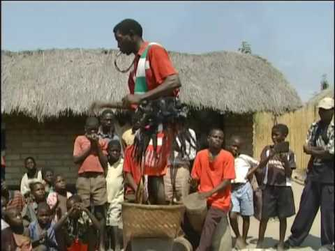 The Vimbuza Healing Dance [AFRICAX5.TV]