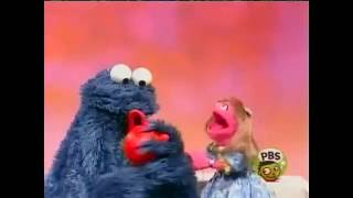getlinkyoutube.com-Sesame Street - Prairie Dawn's tea party