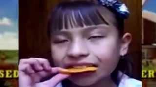 getlinkyoutube.com-Doritos girl remix #SoFunny