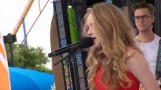 getlinkyoutube.com-Sabrina Carpenter - Eyes Wide Open (Live at YTV Summer Beach Bash II)