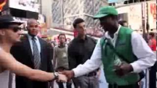 بالفيديو   سعوديون في أمريكا تظاهروا بأنهم مشاهير لاصطياد المعجبين