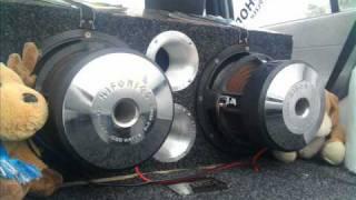 getlinkyoutube.com-Hifonics car audio 3000watts rms 2 ohms