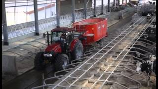 KUHN - 2015 - Mixer Feeder Wagons