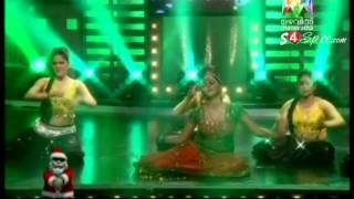 getlinkyoutube.com-Shamna Kasim Poorna Stage Item Dance