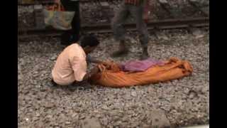getlinkyoutube.com-Newswala : Rail Accident at Malakpet Railway Station.