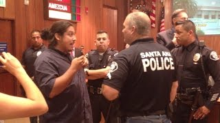 getlinkyoutube.com-Intense confrontation over anti-police hat at Santa Ana council meeting