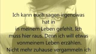 getlinkyoutube.com-Lumaraa - Ein Traum - lyrics