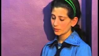 getlinkyoutube.com-البنت التي أبكت العالم كله
