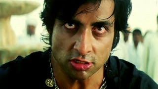 Sonu Sood is brutally beaten up to death - Arundathi
