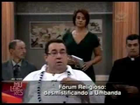 Pai de santo é sabatinado no fórum religioso da TV GAZETA (MULHERES)