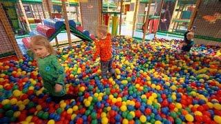 getlinkyoutube.com-Busfabriken Playground Fun for Kids (really long edit)