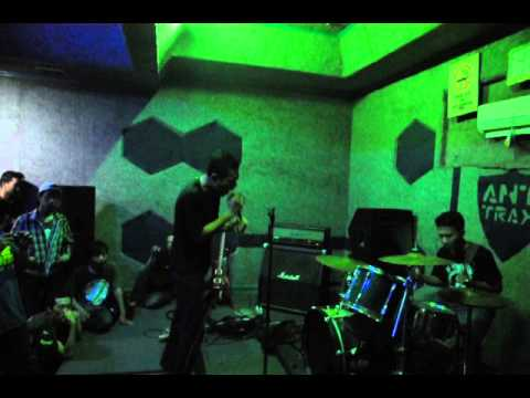 MDAE - Pelacur feat. Indra Menus (To Die) Live At Anthrax Studio 11.5.2013
