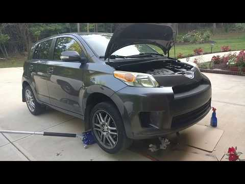 How to change oil — SCION XD