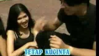 Gadis Atau Janda - Mansyur S & Elvy Sukaseh
