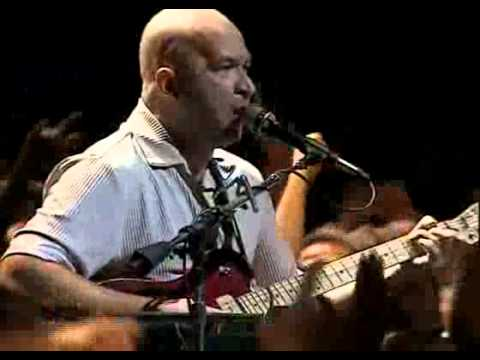 Running On The Spot de Os Paralamas Do Sucesso Letra y Video