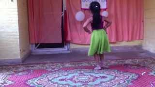 getlinkyoutube.com-Radha on the dance floor by Minnati Pandey!