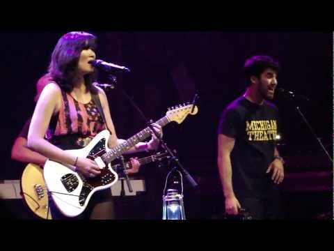 Skin &amp; Bones - Charlene Kaye &amp; Darren Criss - Apocalyptour, Los Angeles (May 24, 2012) [1080p HD]