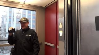 getlinkyoutube.com-Riding the Elmwood Parking Garage Elevator with Dieselducy! Roanoke, VA