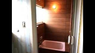 getlinkyoutube.com-【模様替えDECO】浴室 パネル工法 03 コーキング&カッティングシート&床材 バスナフローレ 貼り方 DIY リフォーム