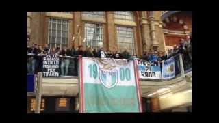 getlinkyoutube.com-Lazio fans in Liverpool street