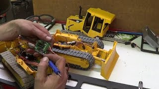 getlinkyoutube.com-JRP RC - Bruder Bulldozer Rc Conversion Pt 10 Hooking up the electronics