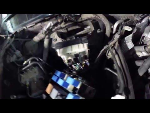 Блоки предохранителей Infiniti QX70 FX 30d как открыть
