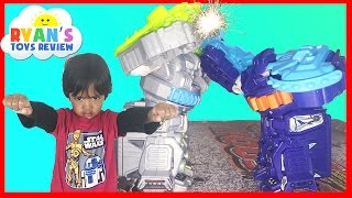 getlinkyoutube.com-Air Hogs Smash Bots Remote Control Battling Robots for kids Avenger Egg Surprise Toy Ryan ToysReview