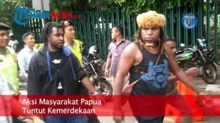 getlinkyoutube.com-Tuntut Papua Merdeka, Pendemo Dibubarkan Paksa oleh Polisi