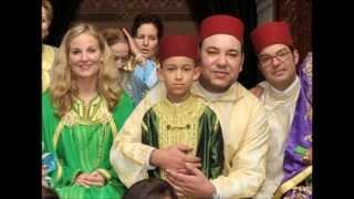 getlinkyoutube.com-أميرات المغرب باللباس التقليدي المغربي ♥