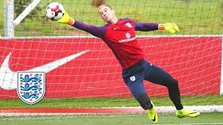 getlinkyoutube.com-Super Agility Goalkeeper Test - Hart/Heaton/McCarthy prepare for Slovakia | Inside Training