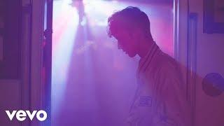 getlinkyoutube.com-Troye Sivan - YOUTH