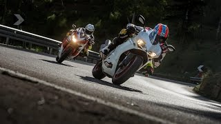 getlinkyoutube.com-DUCATI 959 PANIGALE vs HONDA FIREBLADE SP | InterviewsRoad Tests | Motorcyclenews.com