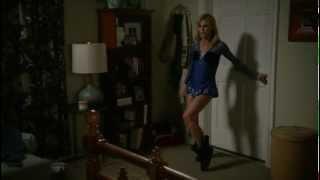 getlinkyoutube.com-Julie Bowen - incredible legs in ice skating mini skirt