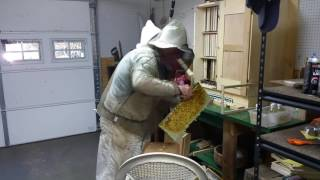 getlinkyoutube.com-How to install a Nuc into an AZ Hive