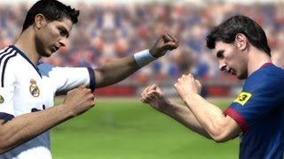 getlinkyoutube.com-Cristiano Ronaldo vs Messi - Fight (FIFA)