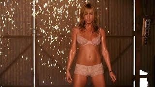 Jennifer Aniston Striptease  (We're the Millers) width=