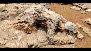 getlinkyoutube.com-Inilah Batu Anak Durhaka yg Dikutuk ibunya yg dikaitkan dgn legenda Malin Kundang
