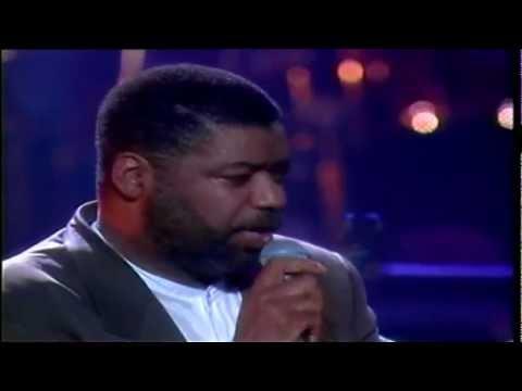 Ron Kenoly - Jesus is Alive -XcUf3ZMTI0g