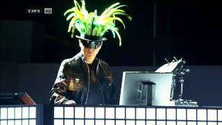 getlinkyoutube.com-Pet Shop Boys - Being Boring (live)