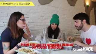 getlinkyoutube.com-A pranzo con l'anoressia #ScuolaZoo