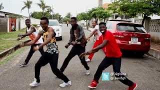 getlinkyoutube.com-D2 - Alkayida Vs Azonto Part 2 [Red Card Dance Video]