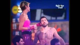 getlinkyoutube.com-[BBB 11] Festa Pink - Diana e Cristiano trocam carinhos