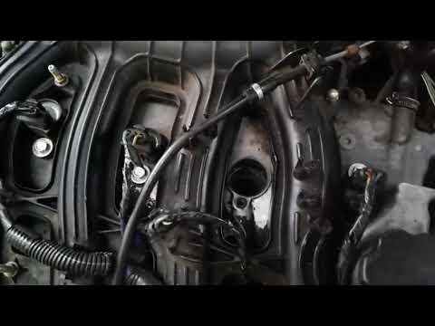Самый простой способ устранения течи масла в свечных колодцах Ваз 2112,16 клапанов.