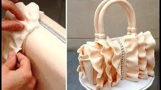 getlinkyoutube.com-How To Make a Ruffle Handbag Cake  Decorar con Fondant by CakesStepbyStep